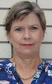 Mrs L J Cloete